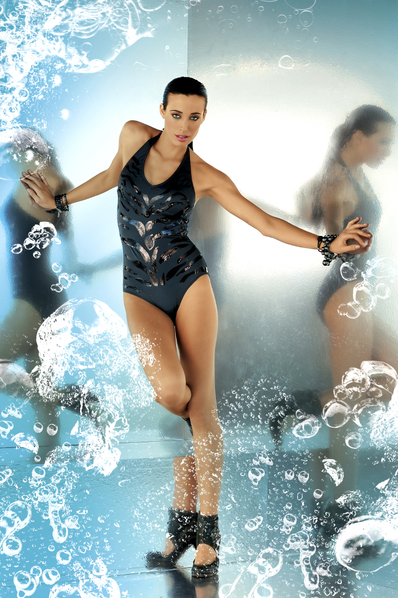 Swimsuit045